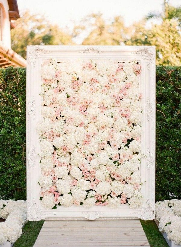 outdoor wedding backdrop ideas with flower wall