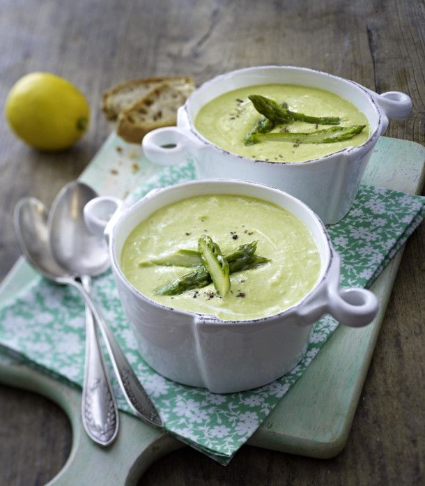 Unser beliebtes Rezept für Spargel-Cremesuppe und mehr als 55.000 weitere kostenlose Rezepte auf LECKER.de.