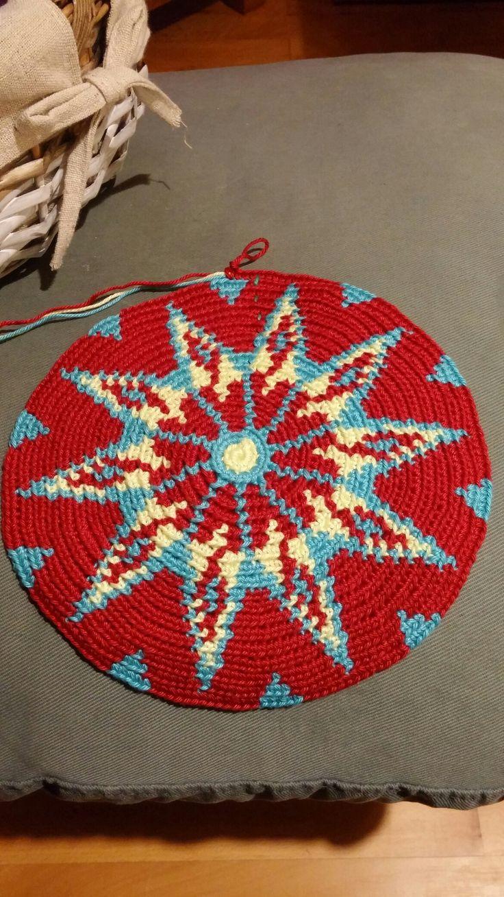 De bodem van mijn Wayuu tas is klaar.