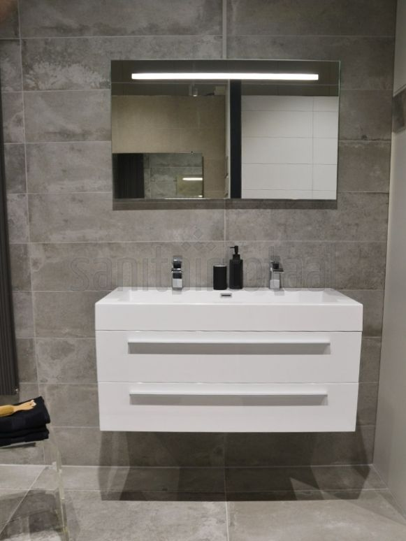 17 beste idee n over moza ek badkamer op pinterest familie badkamer witte tegels in de - Badkamer tegel imitatie hout ...