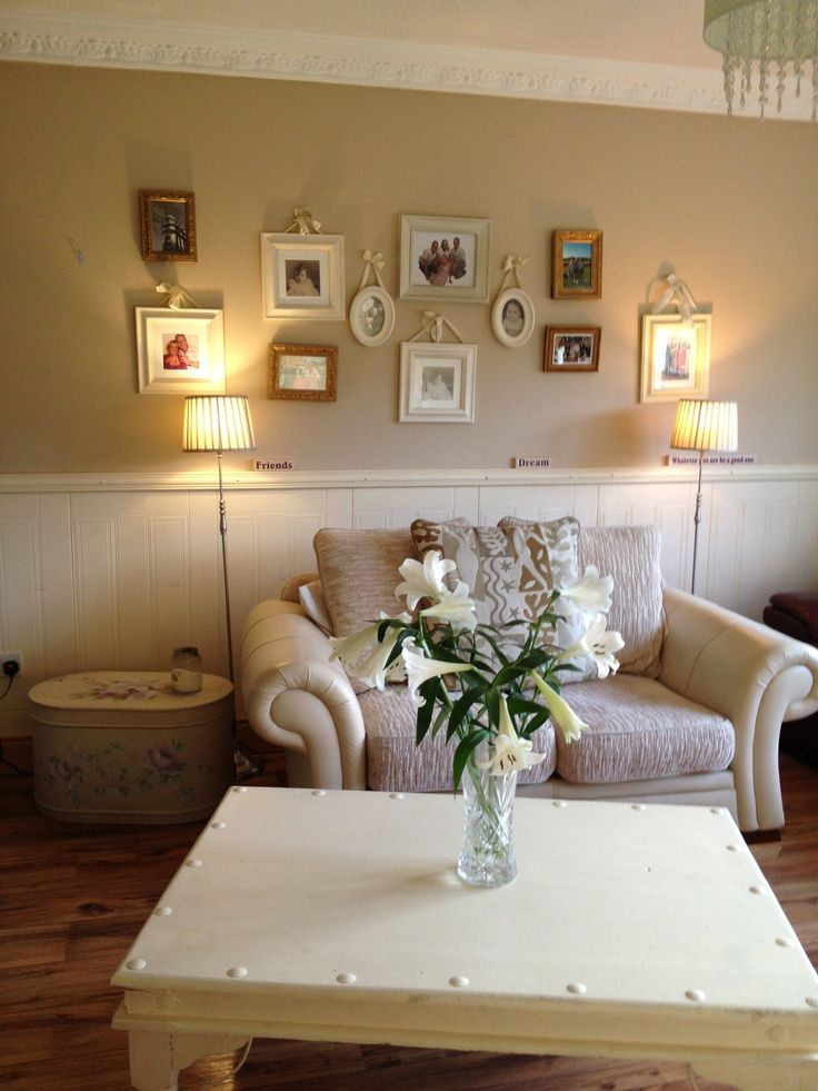 Using creams in a sitting room is calming and relaxing