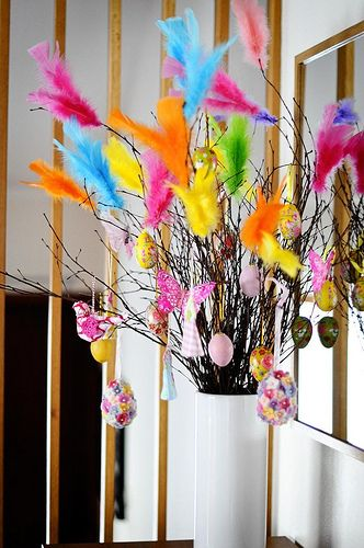 Swedish Feather Tradition using turkey feathers to decorate birch branches