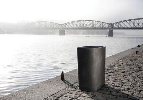 BETTER litter bin by mmcité. Concrete piece of art by the river in PRAGUE. www.mmcite.com