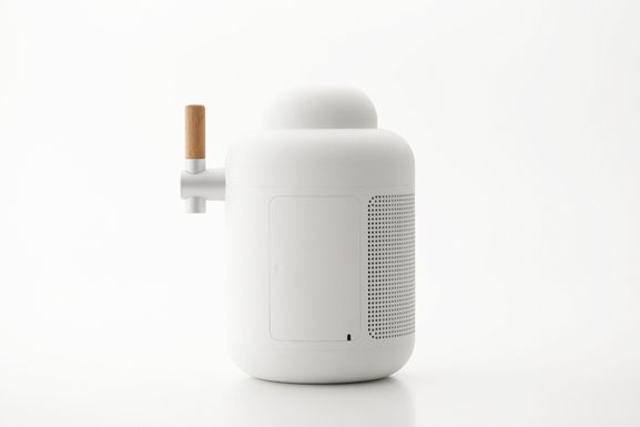 Beer Server & Bottle / KIRIN / 2015 Design by: YOTA KAKUDA DESIGN