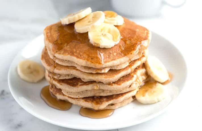 बनाना हनी होलव्हीट पैनकेक घर पे कैसे बनाये फोटो पे क्लिक करे और रेसिपी देखे How to Make Banana Whole Wheat Pancakes Recipe and Get More Cake Recipes In Hindi Visit Hear http://www.indianfoodrecipesonline.com/banana-whole-wheat-pancakes-recipe/