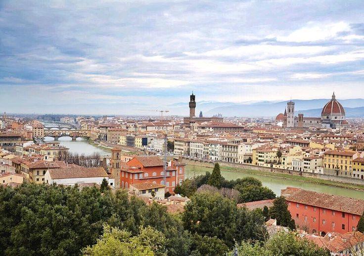 Rychtujymy sie - chned nastympne italijskie feryje!  Jak bydzie tak jak we Floryncyji to wiyncyj nōm do szczynścio niy trza  - #florencja #włochy #italia #italy #florence #firenze #belekaj #godej #rajza #podróż #podroze #podróże #zwiedzamy #zwiedzanie #travel #blogtroterzy #blogpodrozniczy #ig_florence #ig_firenze #ig_italy #ig_italia #summer #wlochy #italy #adayinflorence #visitflorence #ig_toscana