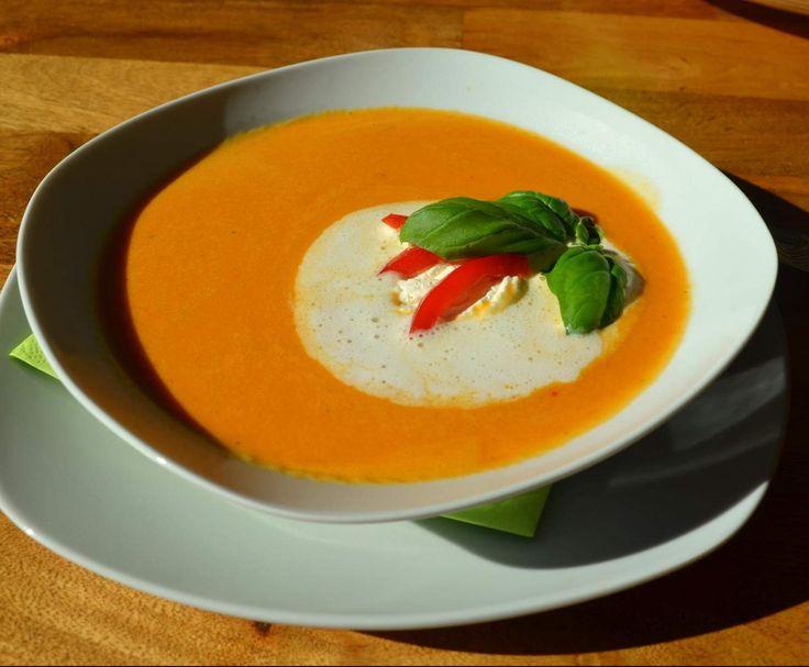 "Rezept Paprikasuppe ""Lieblingssuppe"" von wsonja24 - Rezept der Kategorie Suppen"