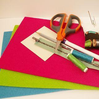 Vyrobte si brože z filce a zipu. | Davona výtvarné návody