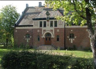 Gammalt arkitektritat tingshus (Hus uthyres i Häljebol, Säffle, Arvika, Värmland)