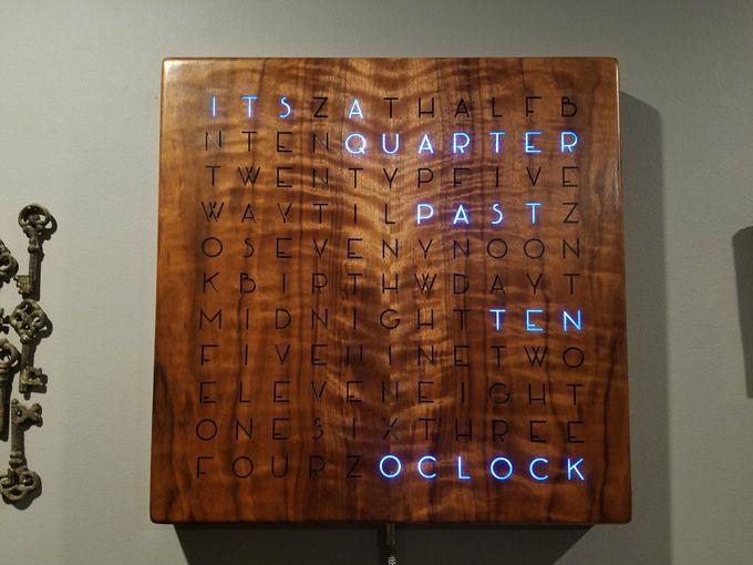 Wordclock Cool Diy Projects Wooden Words Diy Clock