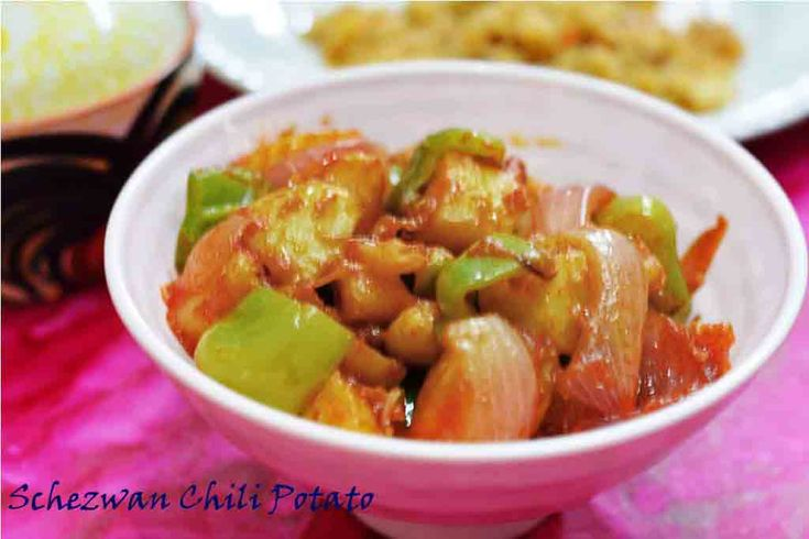 Schezwan Chili Potato/ How to make sichuan chili potato Spicy and tangy #schezwan_chili_potato #Indochinese #sichuancuisine #sidedish Recipe at: www.annapurnaz.in