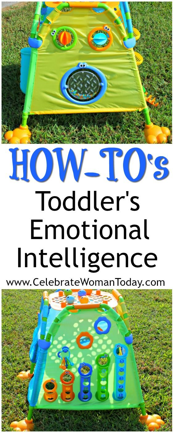 Develop your child's Emotional Intelligence with toys and games that support creative play. Yookidoo playhouse is one of the toys that sparks creativity and thought. #HeartThis #toys #giftguide