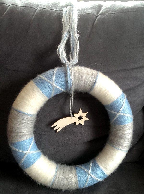 christmas yarn wreat