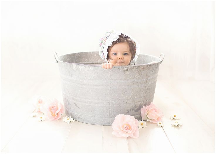 vintage rose cake smash photography session, one year session, bath time with bonnet  baby photography in RI, CT and MA