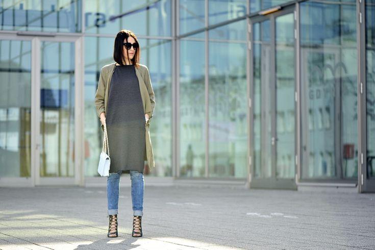 dress-over-pants #street #fashion #street #style #laceupshoes #shoes #laceup #dress #to #pants #dressandpants #khaki #jacket #blue #bag #grey #dress #oversized #dress #outfit