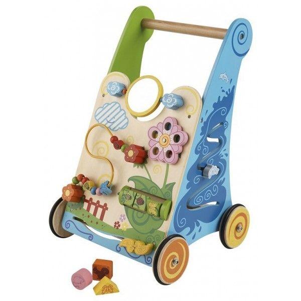 Deze Primi Passi Activity Walker (PP1010) zal uw kind helpen bij het zetten van de eerste stapjes. De Activty Walker zit vol met fleurige speelactiviteiten, zoals draaien, schuiven en sorteren. Dit alles help bij de ontwikkeling van de handoogcoordinatie stimuleren. Daarnaast zal uw kind doormiddel van deze Acitivity Walker gestimuleerd worden om vormen en kleuren te herkennen. Leeftijd 12 mnd+.