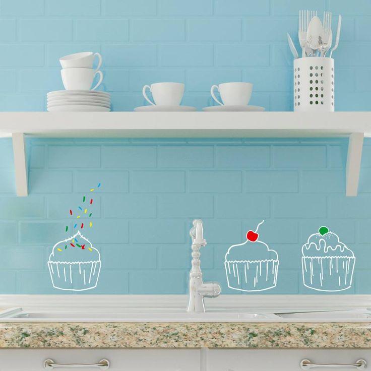 Hora de la meriendaaaaaa! Cupcakes con sabor a tardes de mantita, brasero y mucho trabajo en el estudio de Ubika Vinilo! :D Encuentra más vinilos en www.ubikavinilo.com