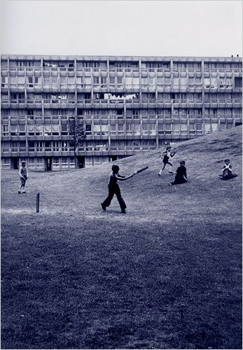 Robin Hood Gardens, Poplar (1972) by Alison and Peter Smithson.