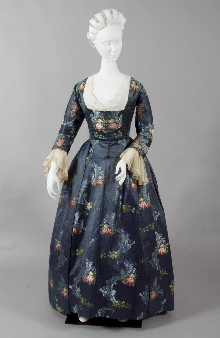 1760-1770 British/French Robe à l'anglaise at the Powerhouse Museum, Sydney - Found via Ladies Historic Fashions!