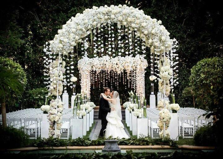 Indoor Wedding Ceremony Decoration Ideas