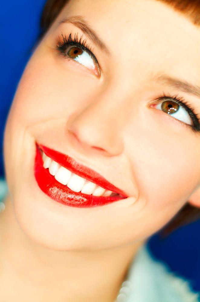 El Valor De La Risa Belleza Lo último S Moda El País En 2020 Labios Perfectos Blanqueamiento De Dientes Belleza