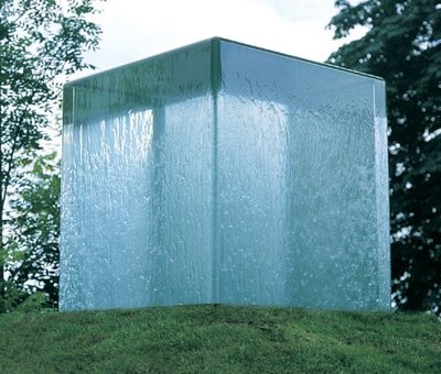 This kind of affect but in a cube, and with light reflections from lasers+mirrors  -Clear Water Cube by William Pye
