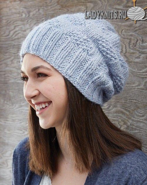Вязаная спицами простая теплая шапка из толстой пряжи ...