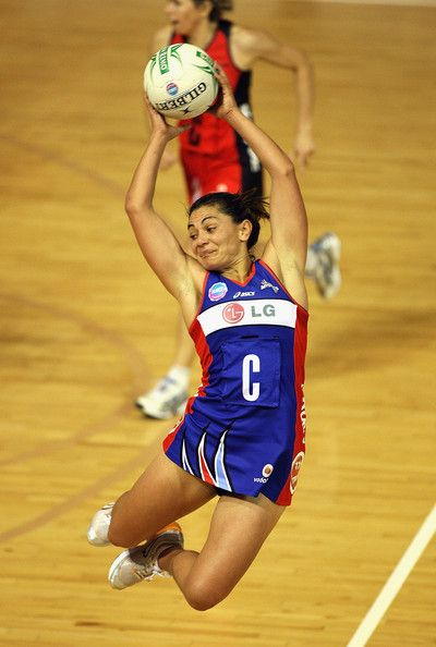 ANZ Championship legend Temepara George playing for the Mystics. Who's your favourite ANZ Championship player?