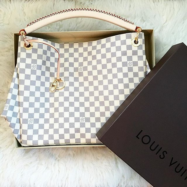 Louis Vuitton Artsy Mm Damier Azure