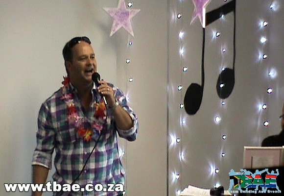 Karaoke Team Building