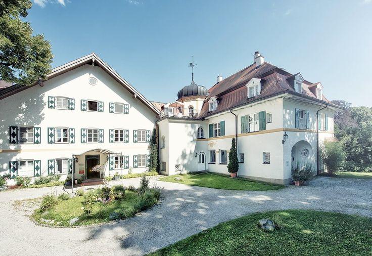 Biohotel und Vitalzentrum am Sternberger See nahe München. Wellness und Erholung mit Alpenpanorama. Perfekt für Hochzeiten und Tagungen.