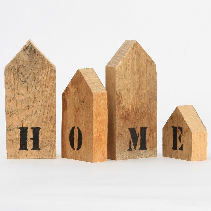 letters op sloophouten huisjes www.nuvastgoed.nl