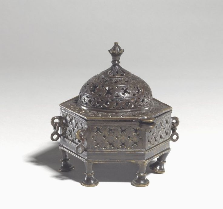 Incense burner. The polygonal shape of this vessel is related to the funerary architecture of sultanate India, notably the tombs of the Sayyid dynasty and Lodi dynasty in Northern India (Delhi, Gurakor, Bihar). Made of cast brass or bronze.