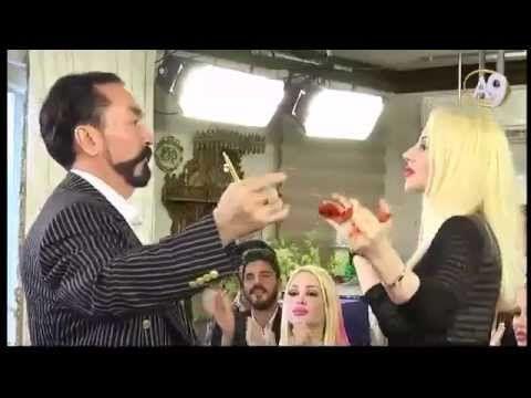 Adnan Oktar'ın güzel kediciği Ayşe Koç'la dansı