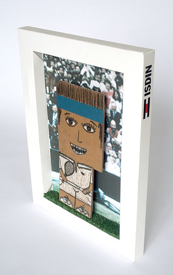 Willy (Wimbledon 1970) / Serie: retal para cual - crayolas sobre relal de cartón, inkjet print y hierba artificial / BCN 2013