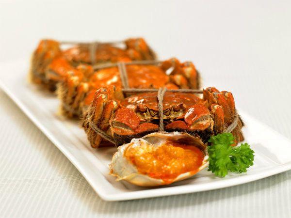 Cuisine Braised Hairy Crabs