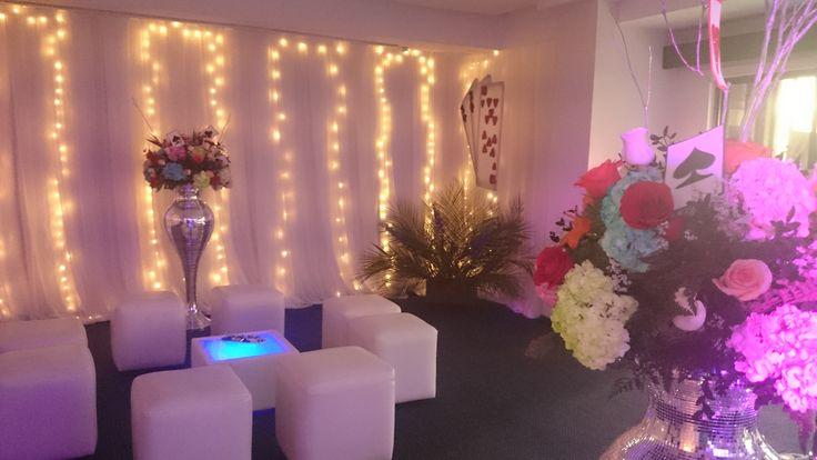 Luces, Salas loft, flores - Fiestas de 15