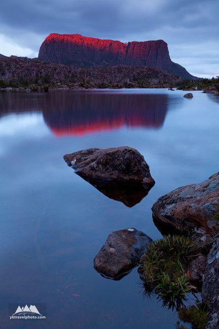 Mount Acropolis, Lake Elysia, The Labyrinth,Tasmania, Australia
