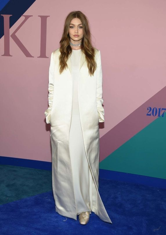 This is what everyone is wearing on the CFDA Awards red carpet - Vogue Australia