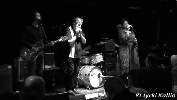 Emilia Sisco & Helge Tallqvist Band - Homework (video Jyrki Kallio). Emilia Sisco is a jazz-soul-blues singer from Helsinki. In her music she combines American jazz traditions, as well as modern arrangements of soul-music.