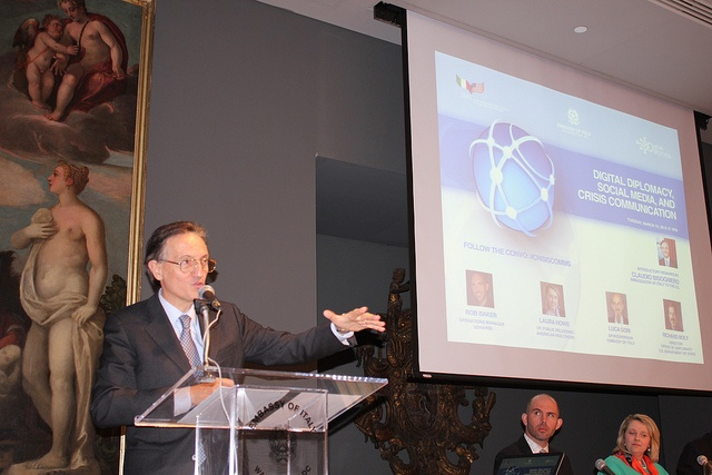 Photos from the panel discussion: Digital Diplomacy and Crisis Communications at the Italian Embassy in Washington DC