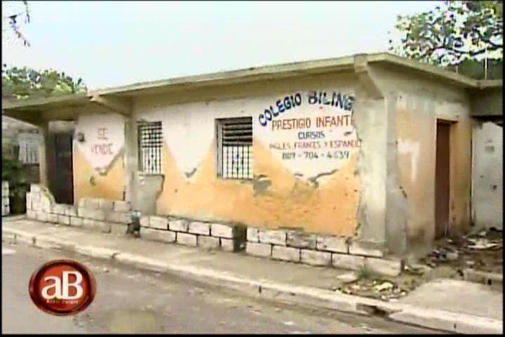 Los Colegios Haitianos Sin Regulación Del Ministerio De Educación Ni De Impuestos Internos #Video @AddisBurgos