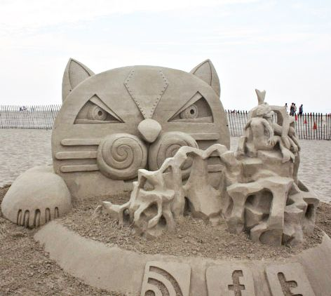 Best Sand Art Not Easy To Work With But The Results Are - This towering sand sculpture just broke the world record for the tallest ever sandcastle