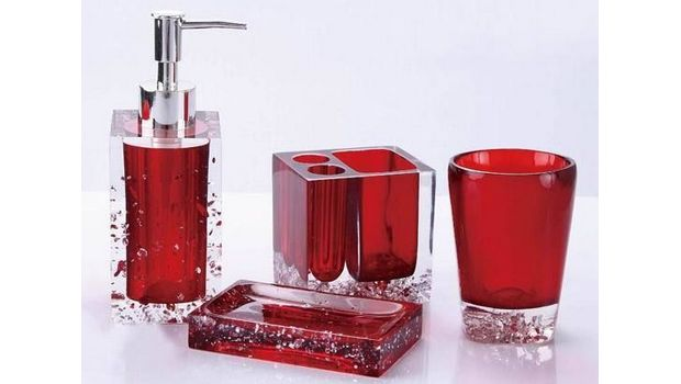 Red bathroom accessories glass 620 350 for Glass bathroom decor