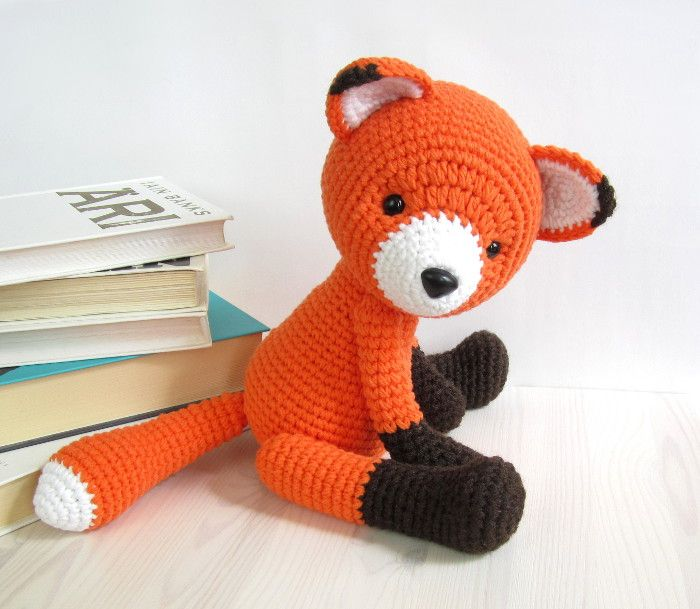 Crochet pattern: 5-way jointed fox // Kristi Tullus (spire.ee)