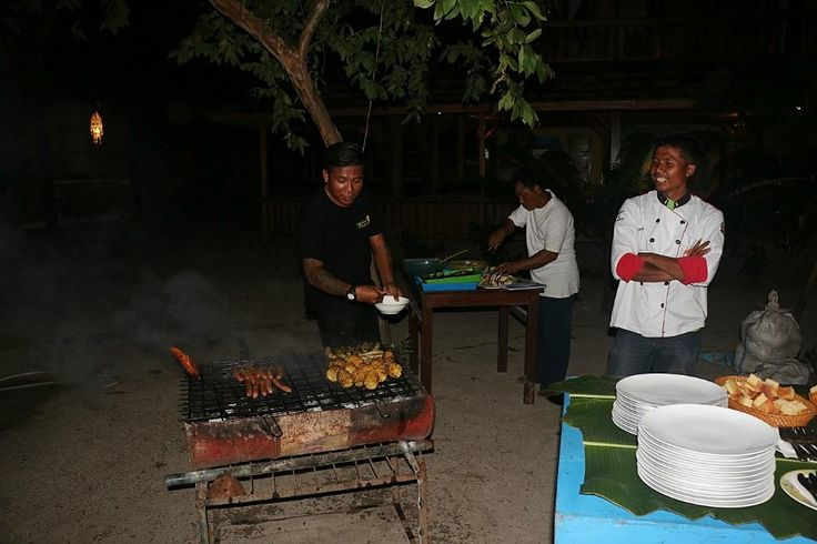 beach barbeque Onong Resort Siladen Celebes Divers #diving #indonesia