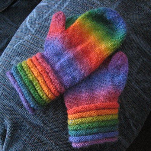 Mini Mochi Springy Ring Mittens By Cathy Campbell - Free Knitted Pattern - (ravelry)