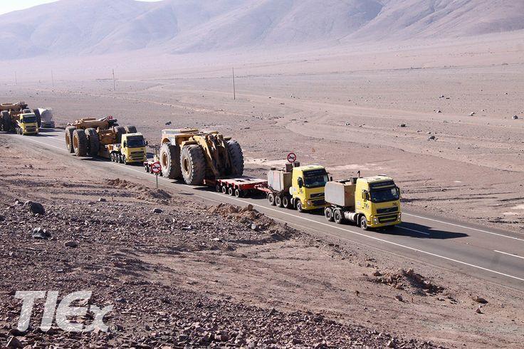 TIEX y su poderosa flota de equipos, con capacidad de traslado de hasta 500 toneladas.