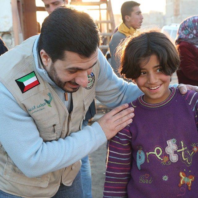 رانية طفلة سورية في العاشرة من عمرها تعيش في بيت مهجور اليوم وخلال زيارة فريق سواعد الخير من الكويت لتلبية احتياجات الشتاء لاخواننا السوريين في اورفا