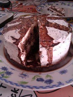 Tarta de nata y chocolate sin huevo ni leche de vaca
